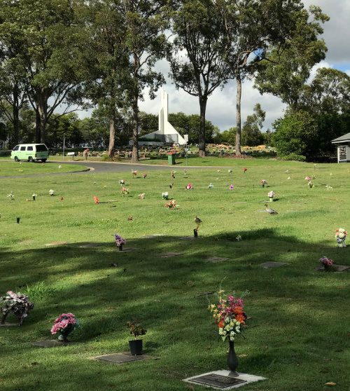 Southport Lawn Cemetery