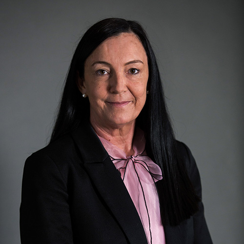 Nikki Cox - Operations Manager (West Coast)