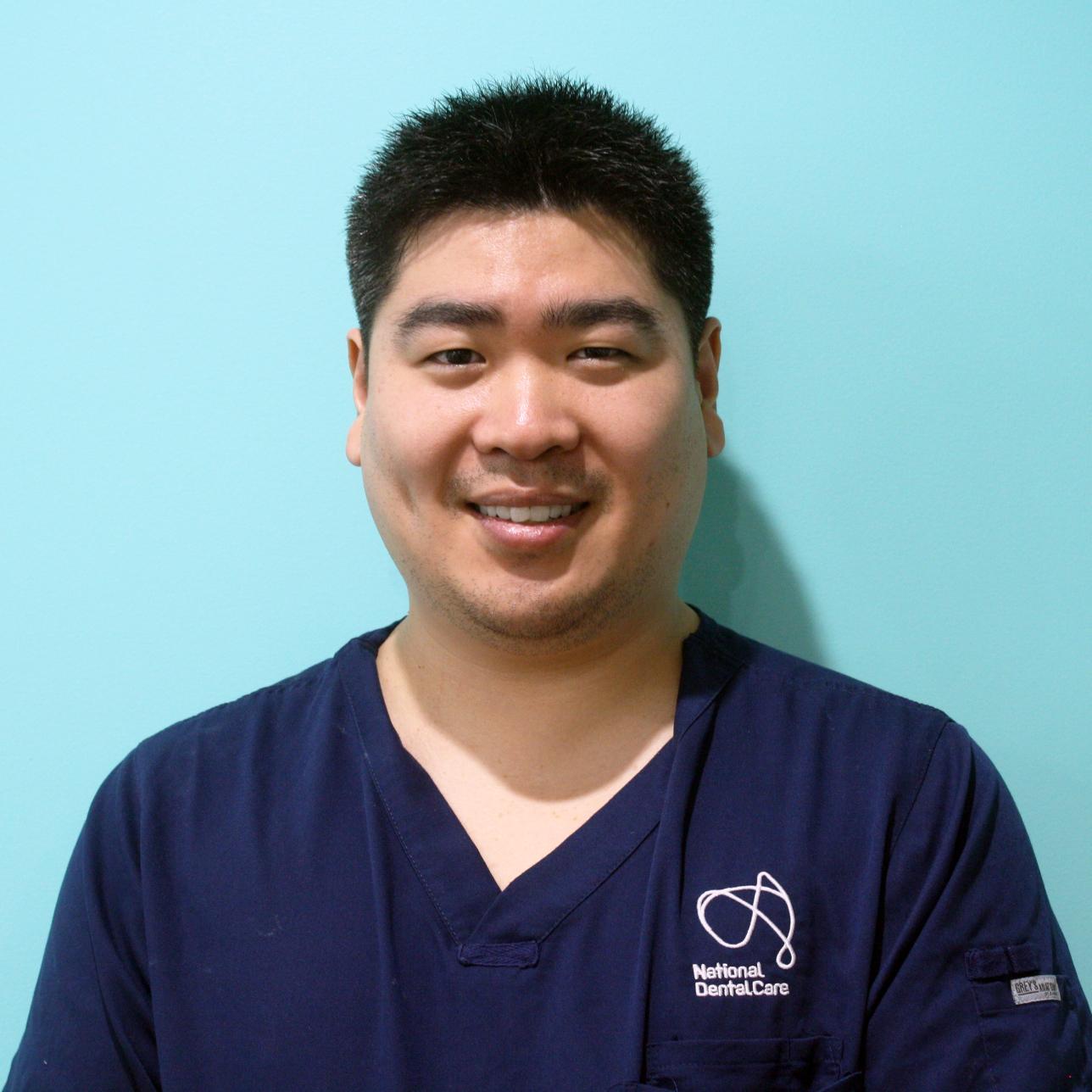 Dr James Min