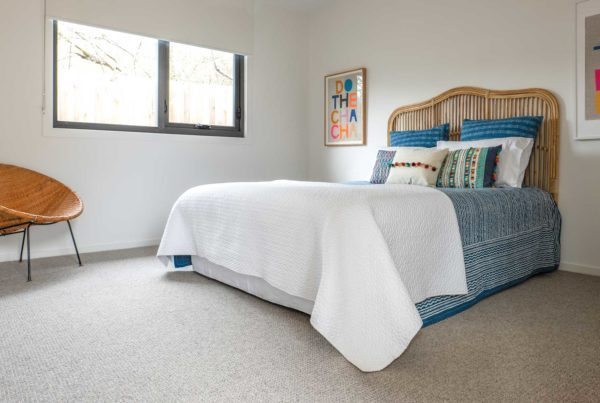 Best flooring solution for keeping warm in winter & cool in summer