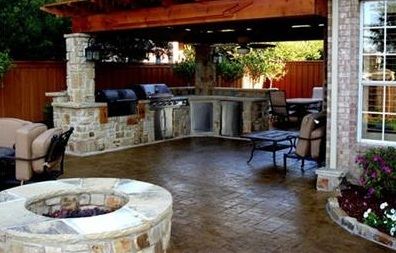 What plumbing do I need for an outdoor kitchen?