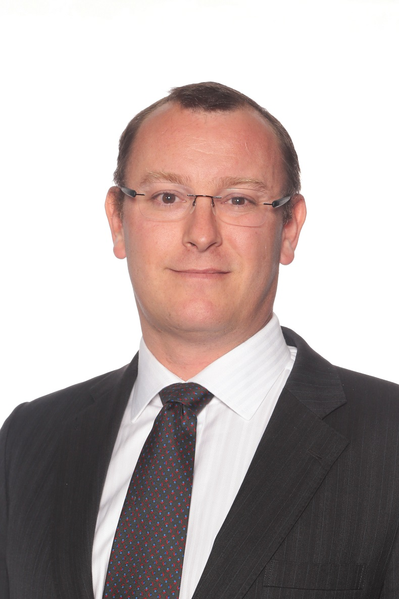 Andrew  Broadfoot, BA LLB (Hons)