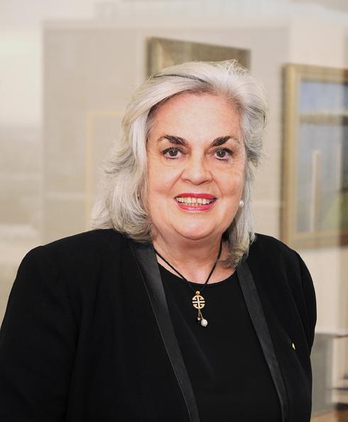 Susan Crennan , BA LLB P.G Dip(Hist) FCIArb