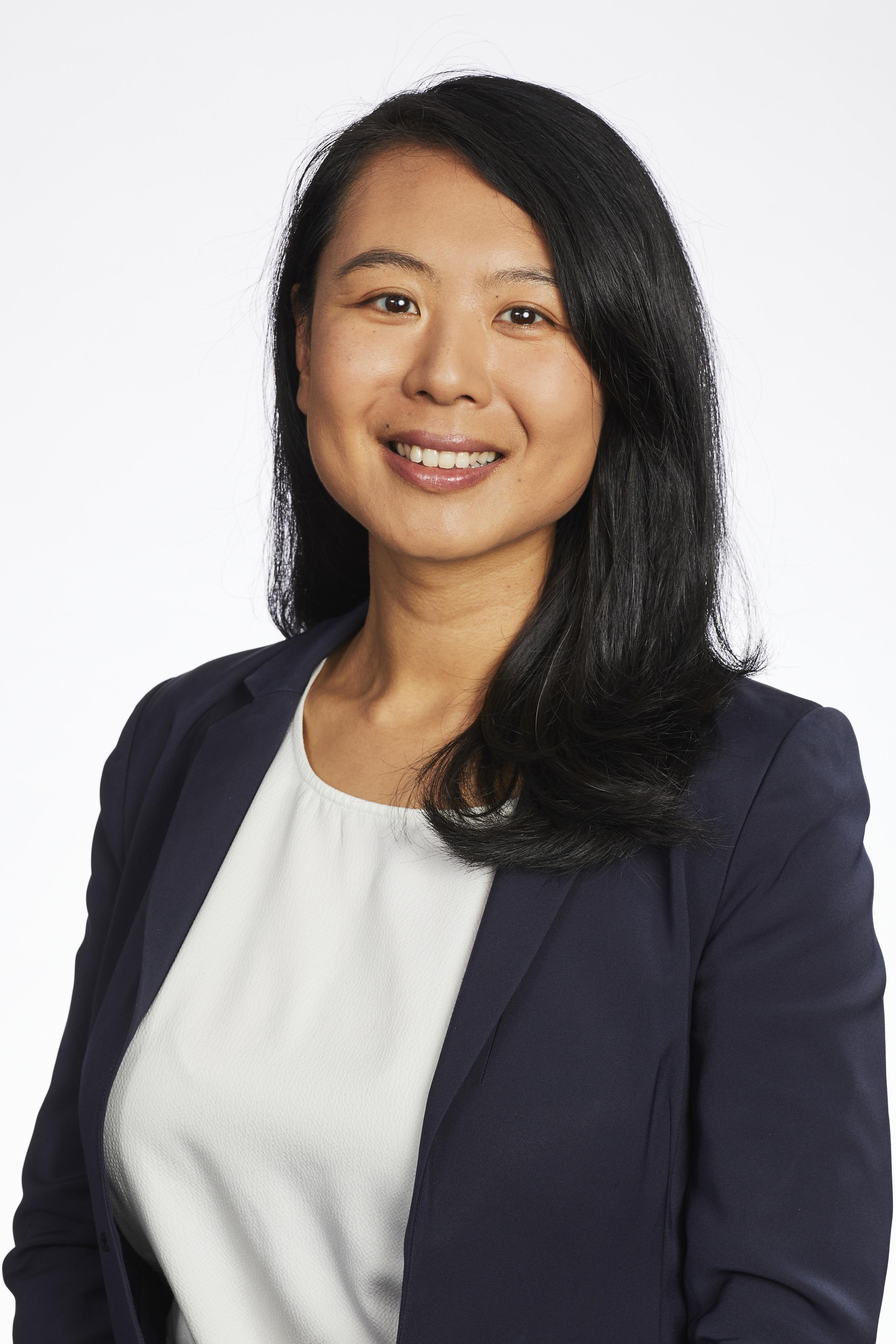 Julia  Wang, BCL (Dist); LLB (Hons); BSc