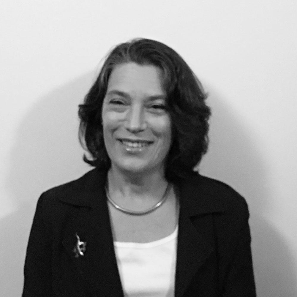 Maya Rozner,   BA (Hons), LLM (Commercial Law)