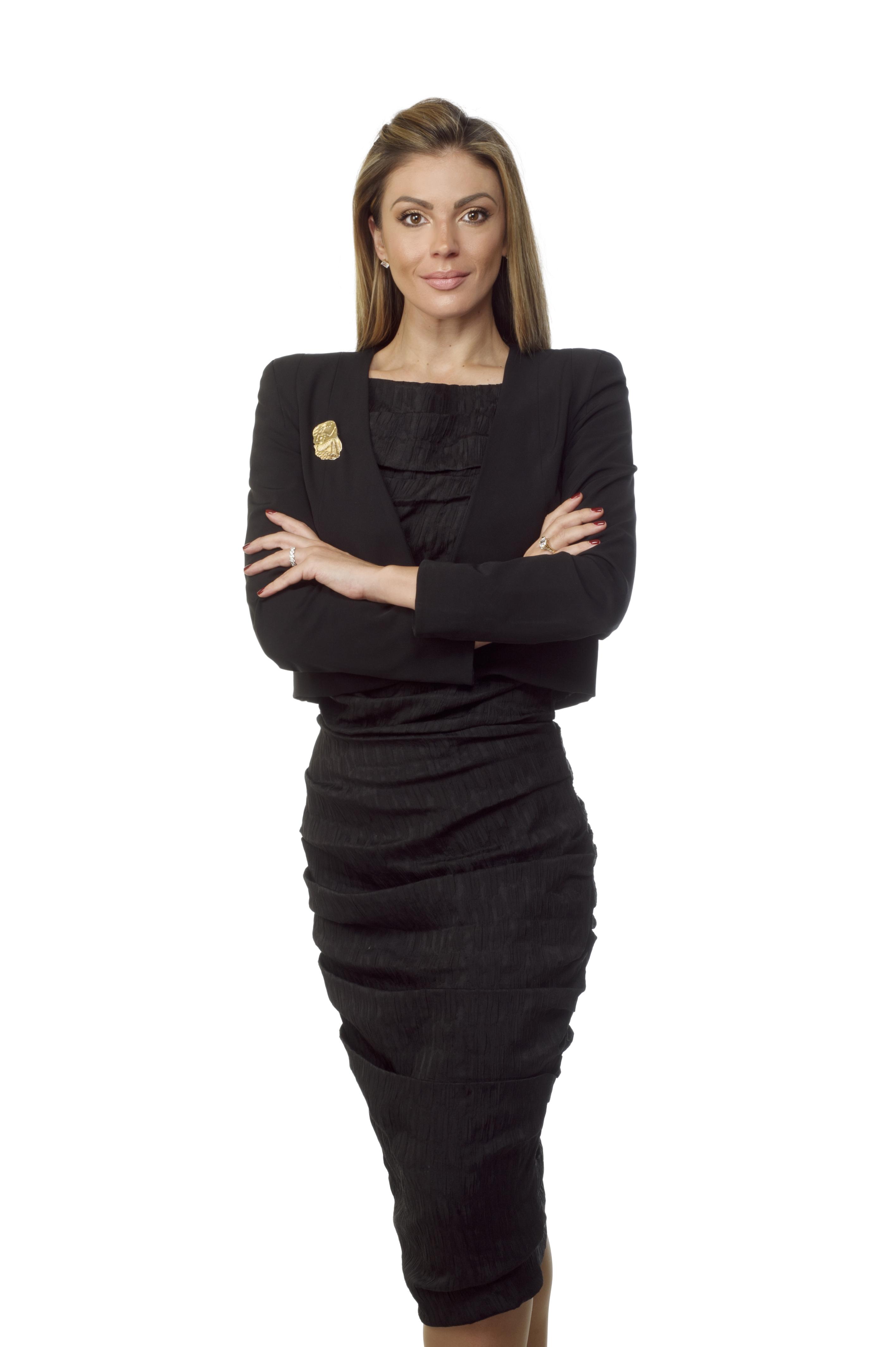 Elle Nikou Madalin, LLB, BA; LLM (candidate)