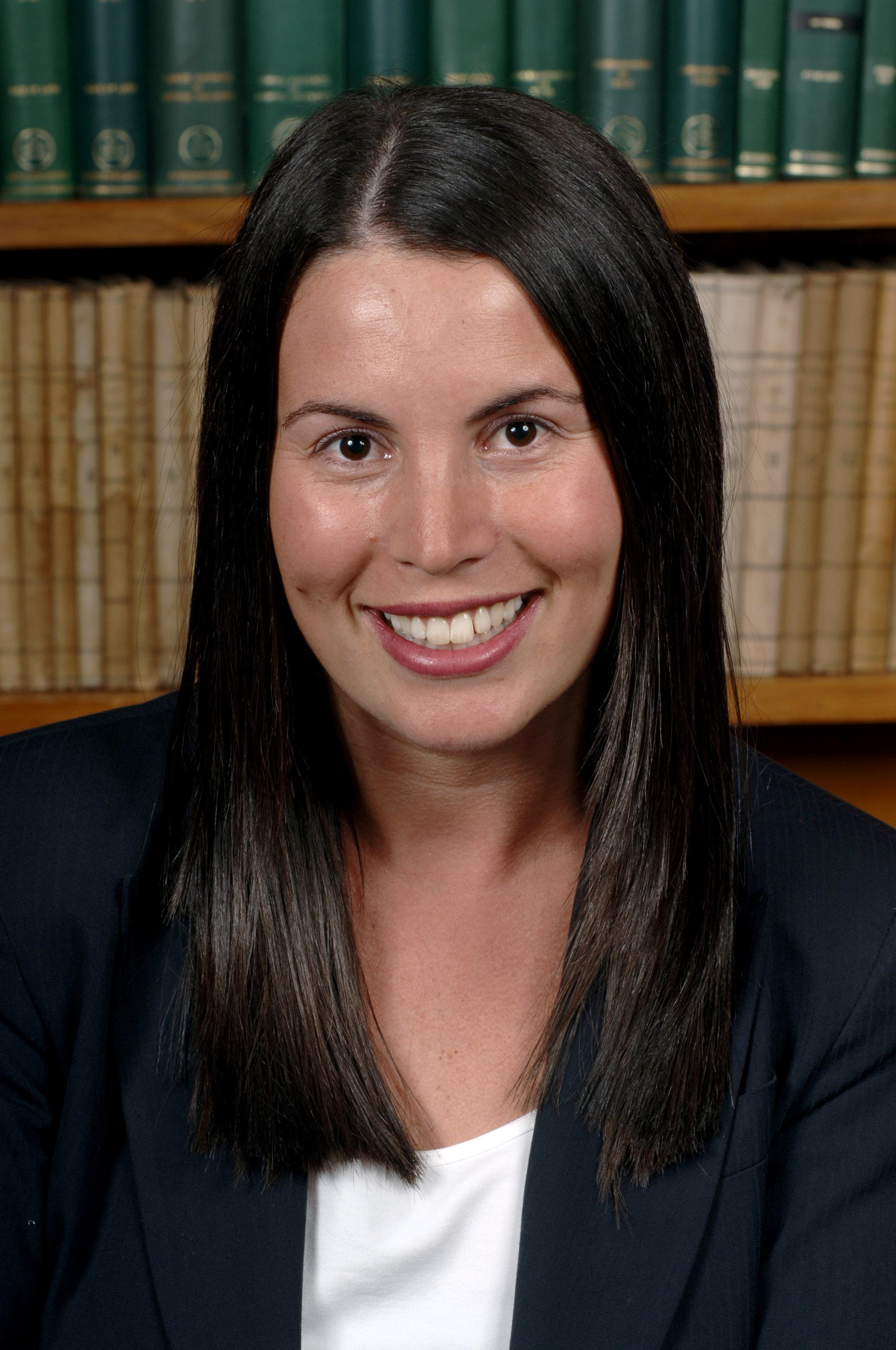 Renee Sion, LL.B, BBus (Mgmt)