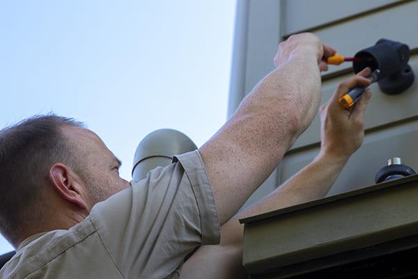 Outdoor Lighting Repair
