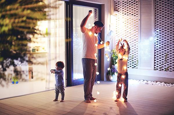 Christmas Lights Checklist- Stay safe this festive season!