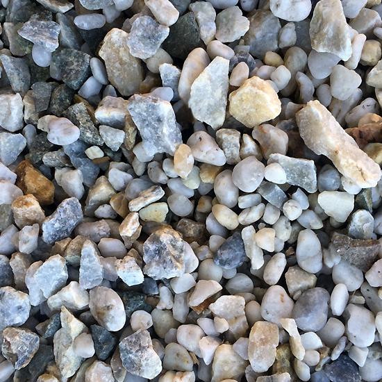 Long Hill Salt and Pepper Gravel 20mm