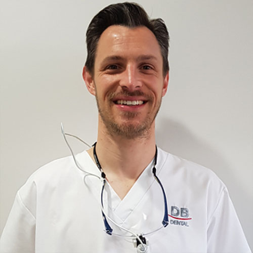 Dr Chris Iles - Dentist