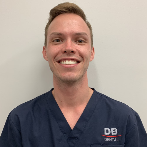 Dr Marek Deptula - Dentist