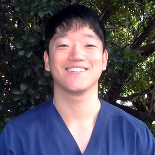 Dr Peter Lee - Dentist