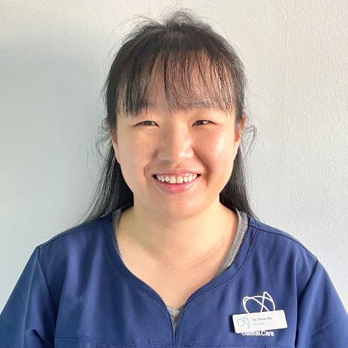 Dr Swan Xu - Dentist