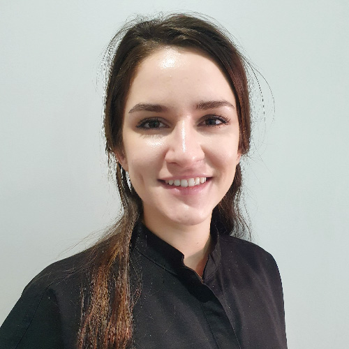 Dr Eleri Hunter - Dentist