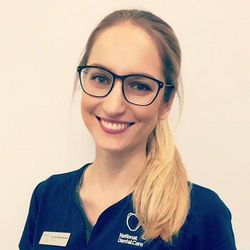 Dr Ala Michalewska - Dentist