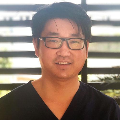 Dr Joshua Kim - Dentist
