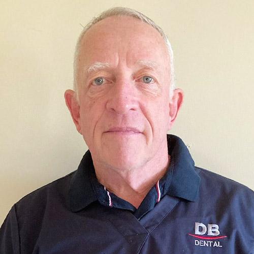 Dr Andre Meyer - Dentist