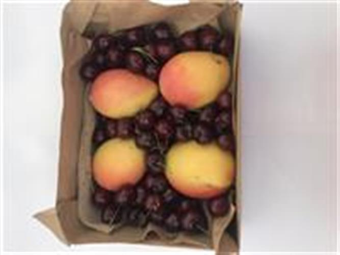 Mango and cherries fruit hamper