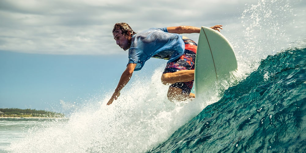Surfing with Back Pain is Your Worst Enemy: 7 Ways to Defeat It