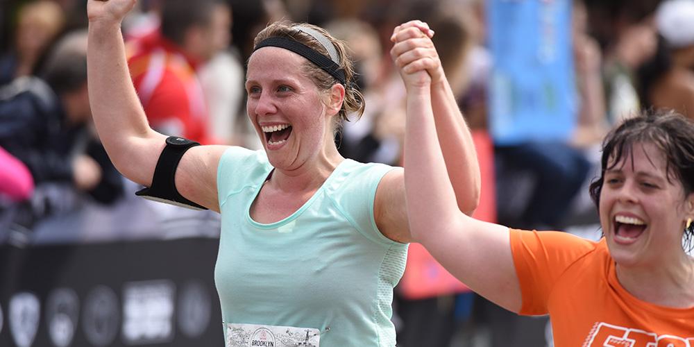 How can a beginner runner train to run a half marathon