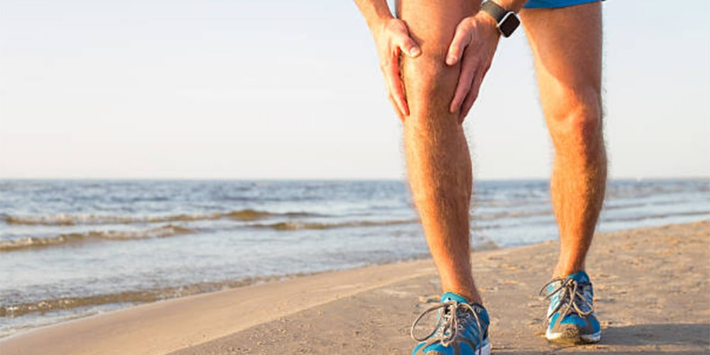 What causes muscle twitching? Causes & treatment strategies