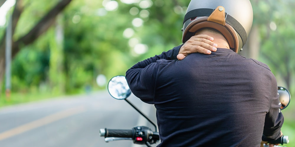 How To Prevent Neck Pain While Riding A Motorcycle? 5 Important Tips